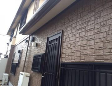 1階には無機のクリアー塗装、2階には日進産業GAINAで塗装